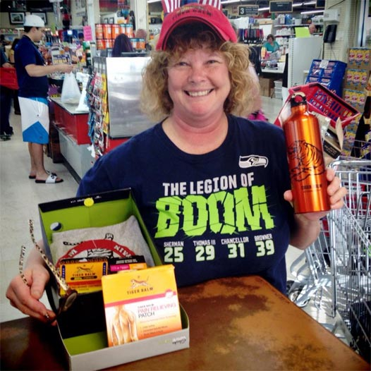 Vanna Cook with her Tiger Balm Gift Set!